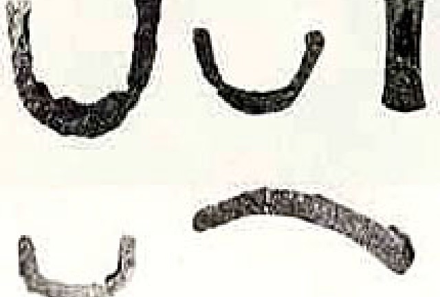すき・くわ・鎌などの鉄製の農具